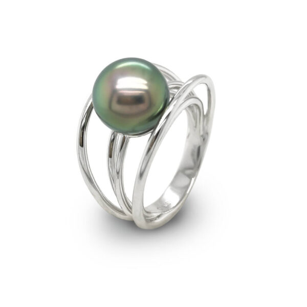9 carat White Gold 5 Wire Tahitian Pearl Ring